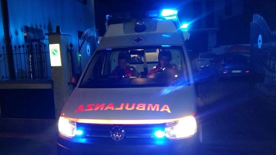 Fossano, auto cade dal cavalcavia in frazione Loreto: morto un 22enne